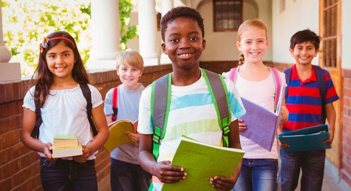 Demuestra interes_7 tips que mejoran el rendimiento de los niños en la escuela_Merletto