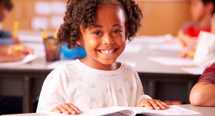 Leer con frecuencia_7 tips que mejoran el rendimiento de los niños en la escuela_Merletto