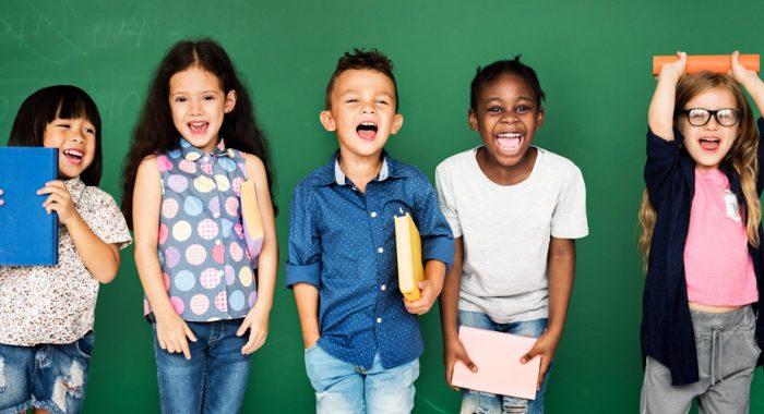 Ten una comunicación abierta_7 tips que mejoran el rendimiento de los niños en la escuela_Merletto